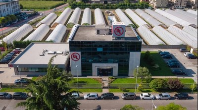 UL will open an expanded electromagnetic compatibility (EMC) and wireless laboratory in Carugate, Italy, in October. The enhanced facility will feature EMC and wireless testing for a wide range of industries, including consumer electronics, information technology equipment, telecommunications, medical, industrial, lighting and small and large appliances.